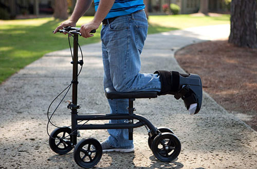 KneeRover Economy Steerable Knee Walker Scooters Crutch Alternative