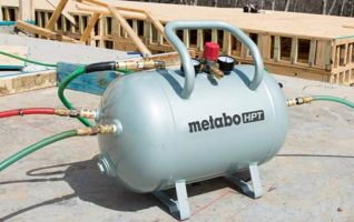 Metabo HPT 10 Gallon Air Tank -Five Quick Connect Couplers