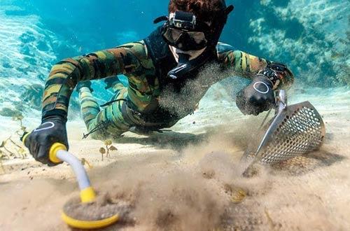 Wedigout HandheldFully Waterproof PinpointerUnderwater Metal Detectors