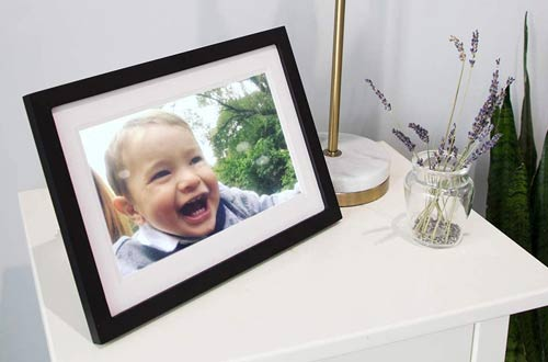 Skylight10-Inch Wifi Digital Picture Frames withTouch Screen Display